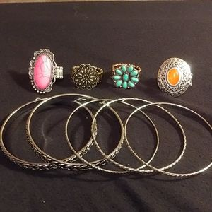 Papparazzi 4 stretchy band rings 5 pc bangle set